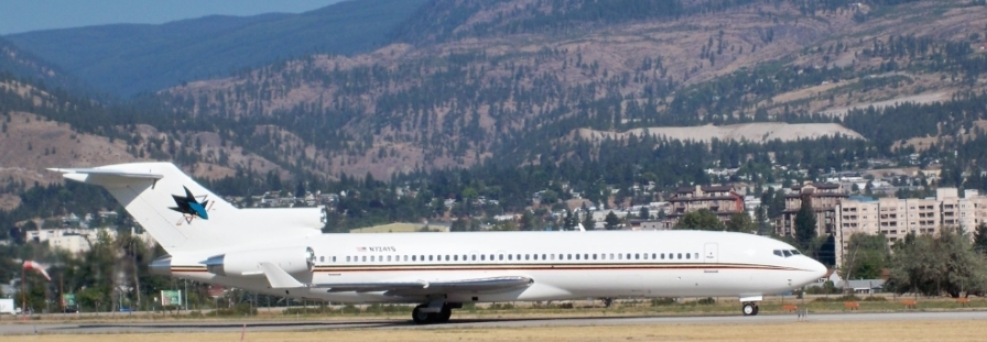 727-200 Sharks jet at Penticton from LA.jpg